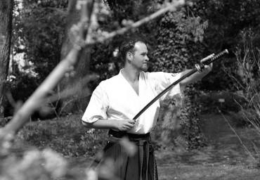 Tokjába visszatérő kard